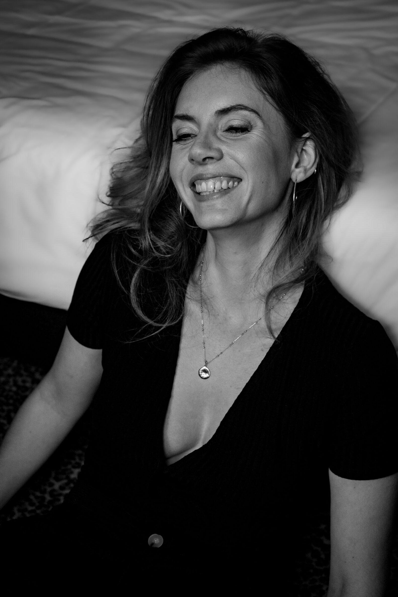 photographe femmes - portrait femme boudoir - séance photo intime - anne bied - photographe séance boudoir