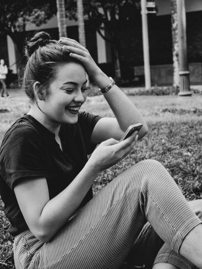 Shooting photo femme avec son Smartphone